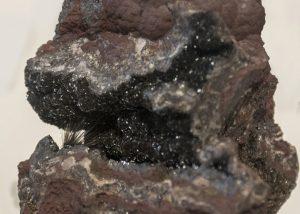 Millerite in Hematite